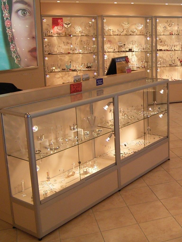 Custom Jewellery Showcases
