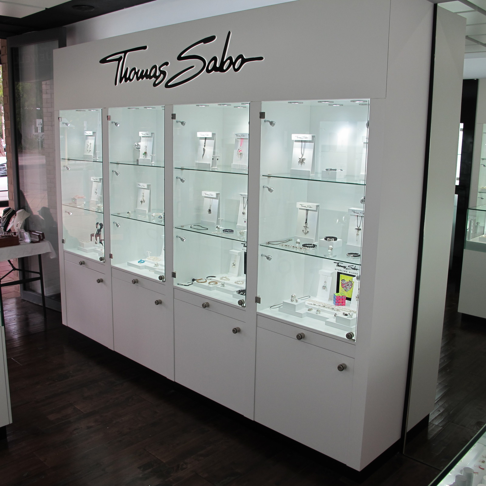 Thomas Sabo Displays